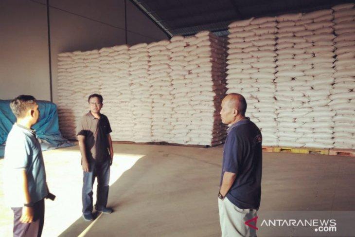 PKT siap distribusikan pupuk urea subsidi di Jember
