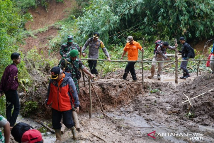 Pemkab Bogor masih fokus penanganan pascabencana