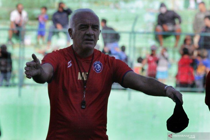 Pelatih baru Arema