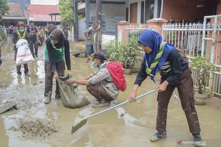 Hujan deras, banjir landa Harapan Mulya Bekasi Selasa dini hari