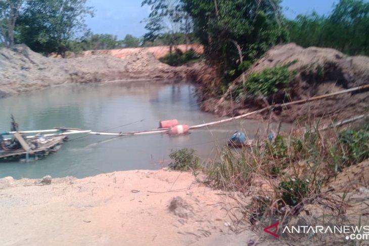 Bintan police curb illegal sand mining sites
