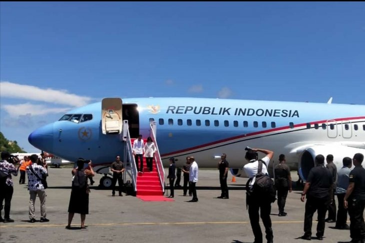President Joko Widodo arrives in Labuan Bajo, NTT