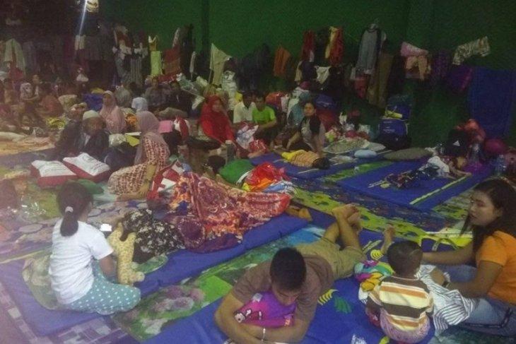Pengungsi korban banjir di Lebak mulai berkurang