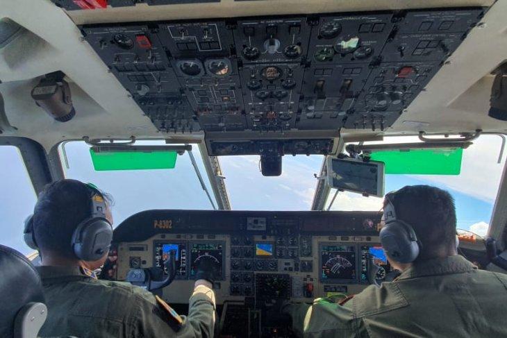 Koarmada III bantu pencarian KLM Panji Saputra dengan pesawat