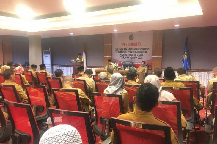 Gubernur Malut serahkan DPA OPD
