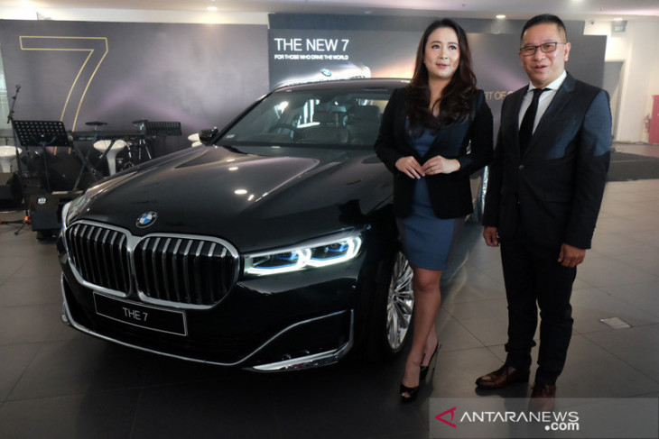 BMW luncurkan sedan The New 7 di Medan