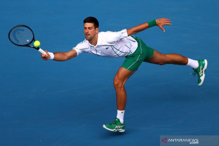 Djokovic keluarkan penguasaan servisnya