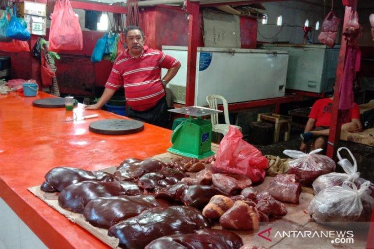 Pedagang daging sapi di Ambon minta perhatian Pemprov Maluku