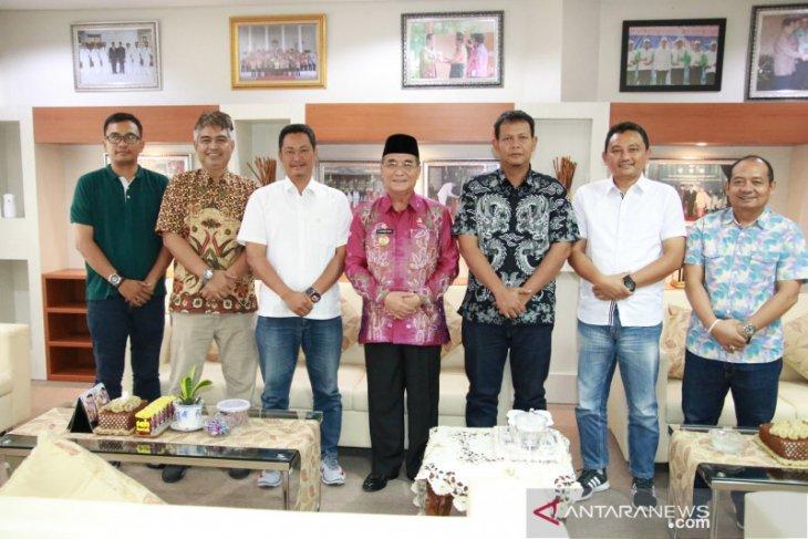 Jonet Budiarto pamit digantikan Erwin Risdiyanto jabat Administratur PT SAM