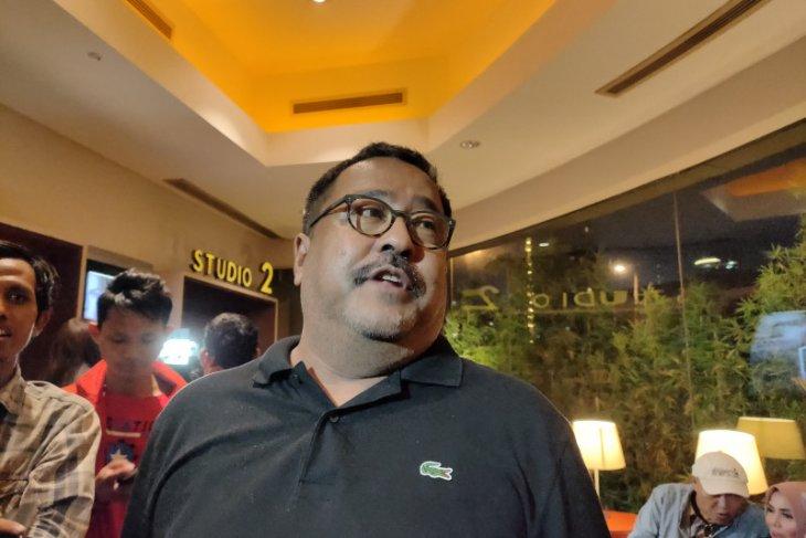 Mantan Gubernur Banten, Rano Karno sempat kesulitan tulis naskah