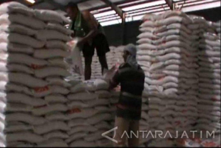 Serapan beras Bulog Madiun hanya terealisasi 64 persen