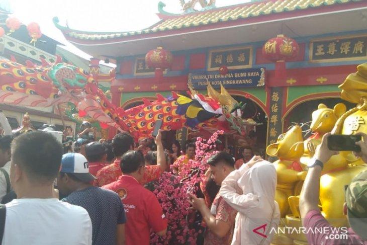 Tiga replika naga siap meriahkan Imlek dan CGM di Kota Singkawang