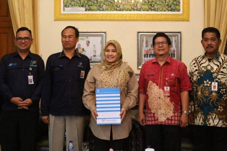 Bupati Pandeglang minta masyarakat suskseskan sensus penduduk 2020