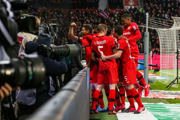 Leverkusen menang 3-0