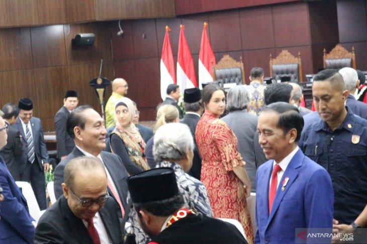 Presiden Jokowi minta dukungan MK  terkait