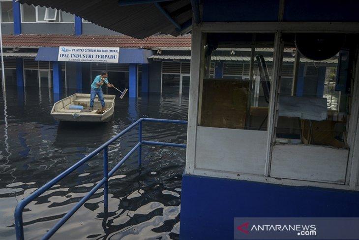 IPAL Cisirung terendam banjir