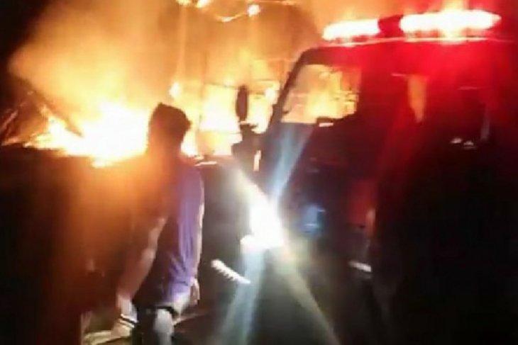 Lima jiwa terdampak akibat satu rumah ludes terbakar di Bireuen