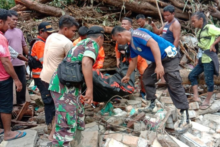 Korban meninggal akibat banjir Tapteng bertambah menjadi 7 orang