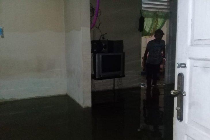 Flood inundates tens of homes in Manggopoh, Agam, West Sumatra