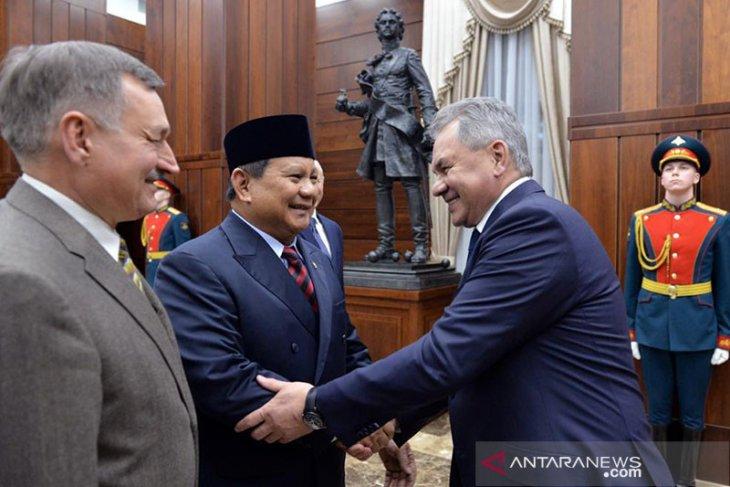 Tingkatkan kerja sama, Menhan Prabowo temui Menhan Rusia