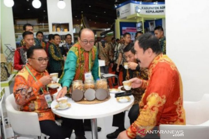 Produk unggulan Tabalong diikutkan dalam pameran UMKM