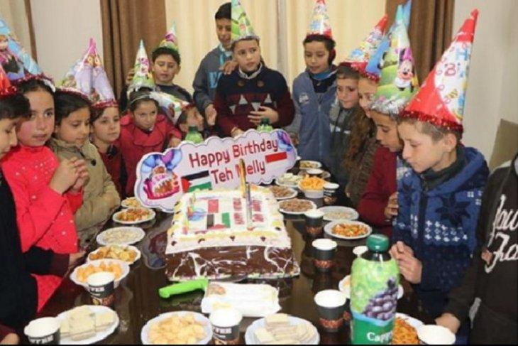 Kejutan bagi Duta kemanusiaan untuk Palestina Melly Goeslaw