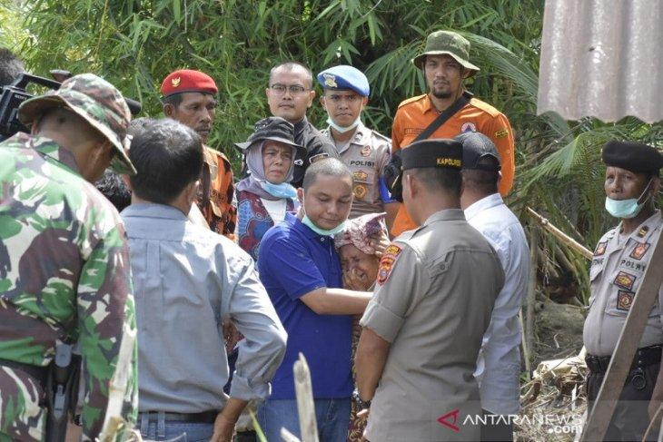 Bupati Tapteng minta ke Gubsu agar tanggul penahan banjir Aek Sirahar dibangun