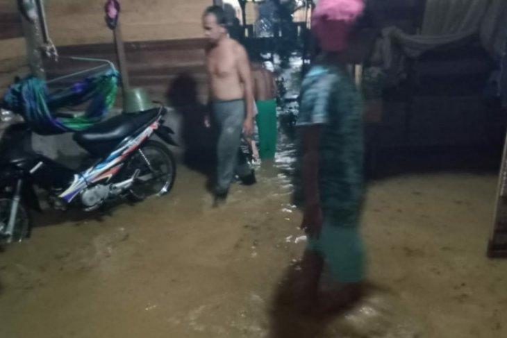 BMKG: Barat-selatan dilanda tekanan rendah di tenggara Aceh