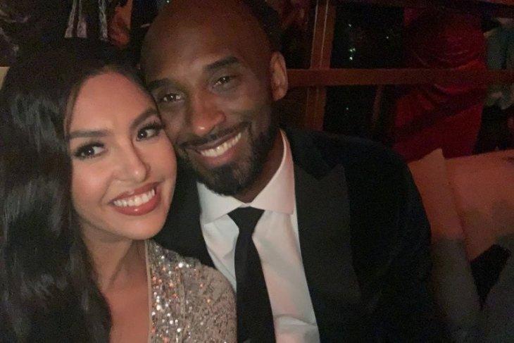 Vanessa Bryant gugat operator helikopter perenggut nyawa suaminya Kobe Bryant
