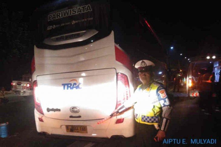 Bus rombongan PWNU Jatim kecelakaan di Tol Cipali, enam orang terluka