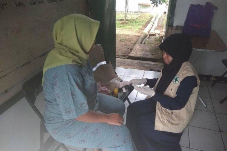 Tujuh pengungsi korban banjir di Lebak dirujuk