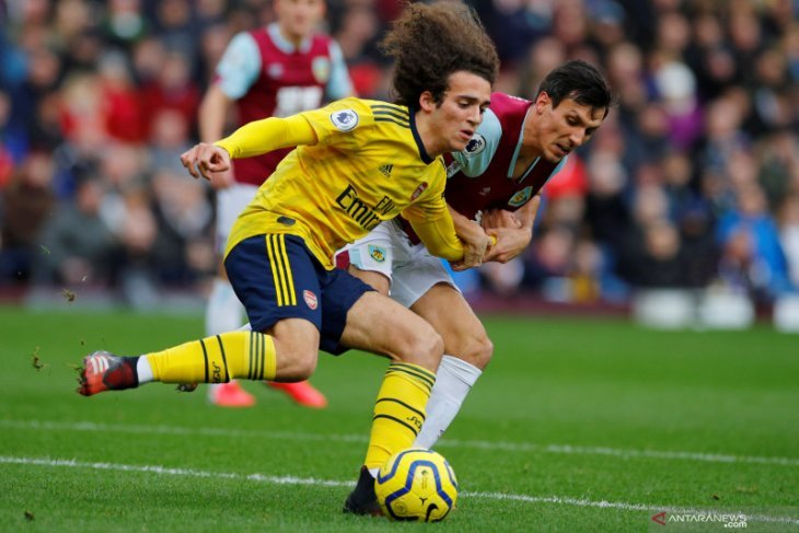 Arsenal main nirgol di kandang Burnley