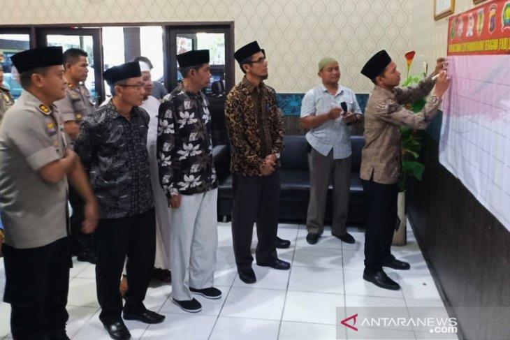 Respon masyarakat HST terhadap pembakaran tempat ibadah di Minahasa