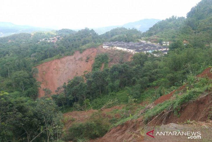 Hasil pemotretan udara Pasir Madang Bogor tak layak jadi tempat relokasi