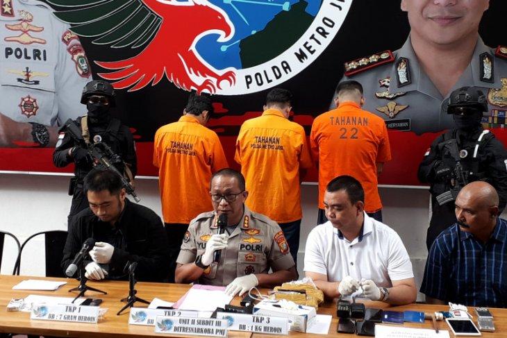 Melawan dan coba rebut senjata petugas, polisi tembak mati bandar narkoba