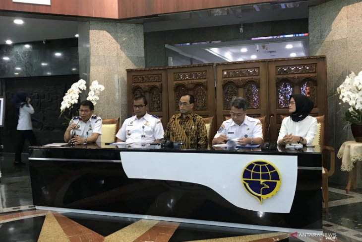 Last flight to carry all Indonesians from China
