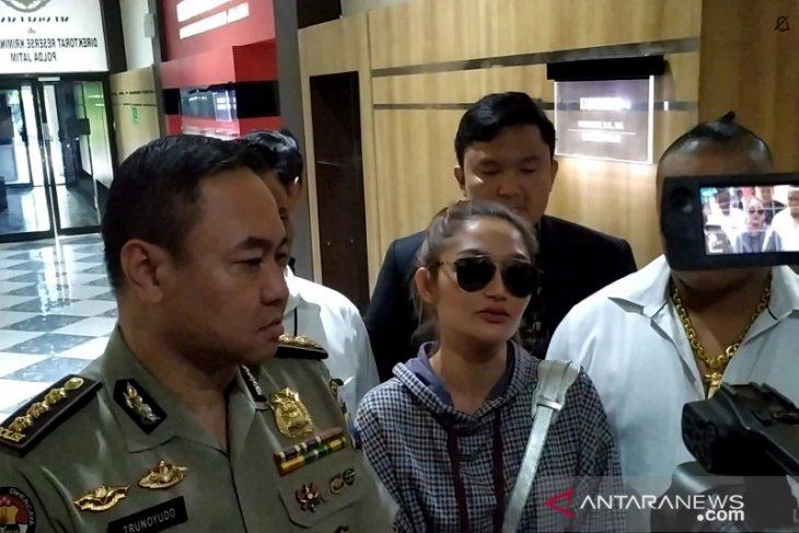 Terkait MeMiles, Siti Badriah tegaskan hanya sebagai pengisi acara (Video)