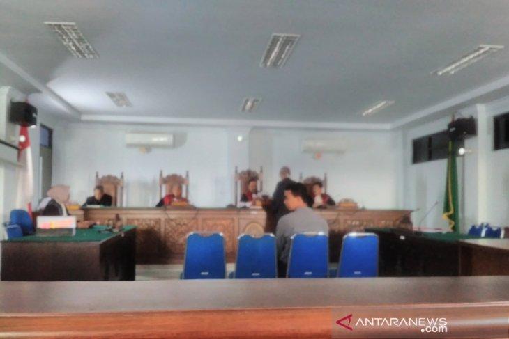 PNS Pidie didakwa korupsi terima gaji ganda - ANTARA News Aceh