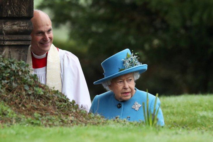 Berita dunia - 20.000 militer Inggris siaga, Ratu Elizabeth mulai cemas karena corona