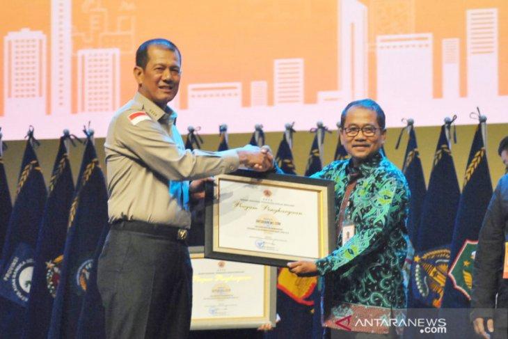 Dukung informasi kebencanaan, BNPB beri penghargaan kepada Antaranews.com