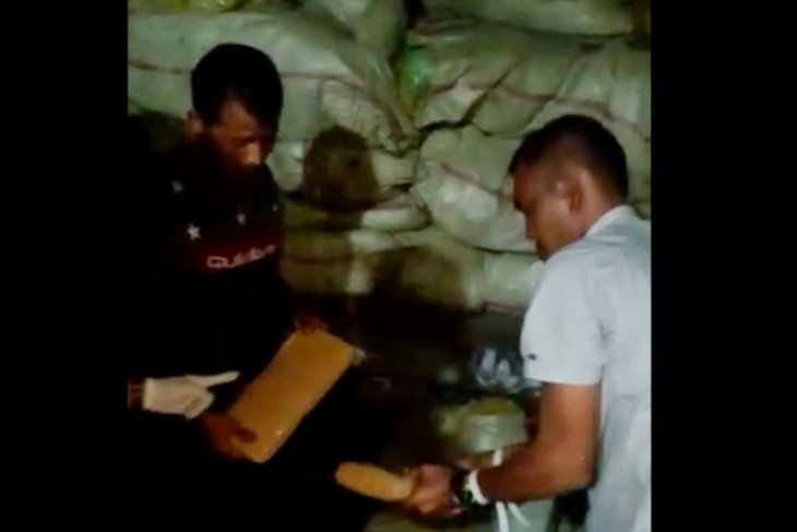 Drug traffickers withholding 250-kg hashish arrested in North Jakarta