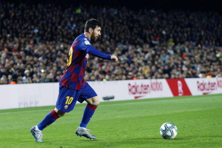 Kesakitan, Messi paksakan diri terus bermain