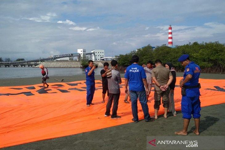 Aktivis demo PLTU batu bara Bengkulu adu mulut dengan Polairud