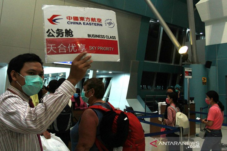 Coronavirus outbreak disrupts tourist boom from China