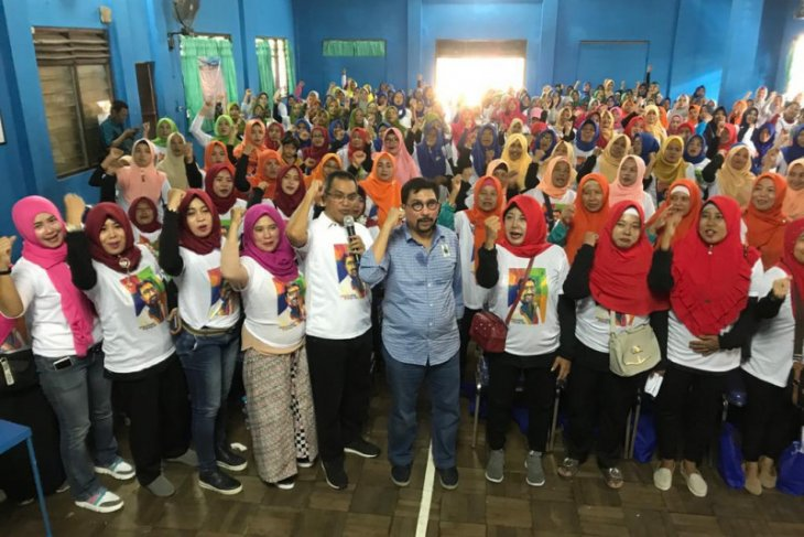 Bacawali Surabaya Machfud Arifin janji naikkan honor kader posyandu