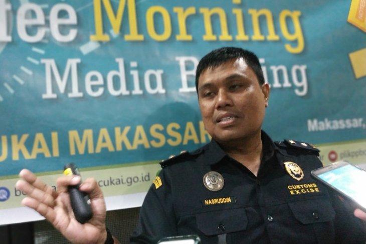 Makassar customs authorities remain vigilant of imported Chinese goods