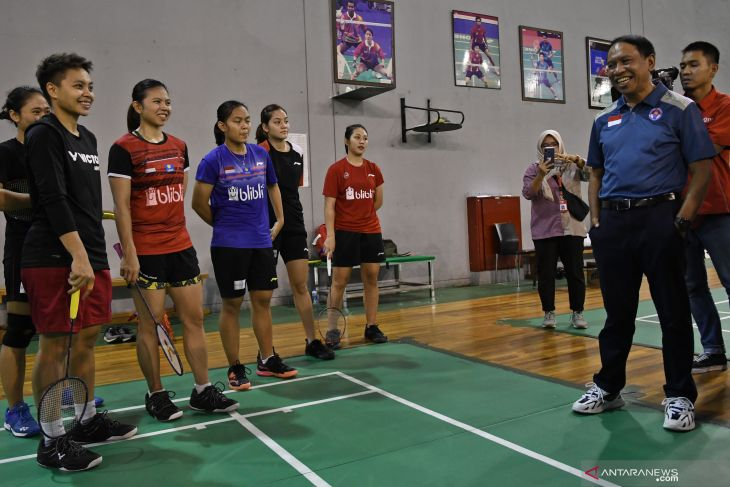 Tim putri Indonesia lolos ke putaran final Piala Uber 2020