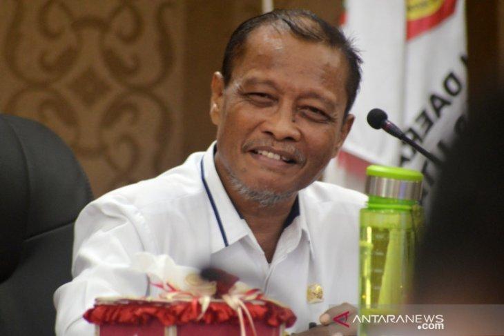 Ketua DPRD sebut daerah berhak tolak TKA China cegah corona