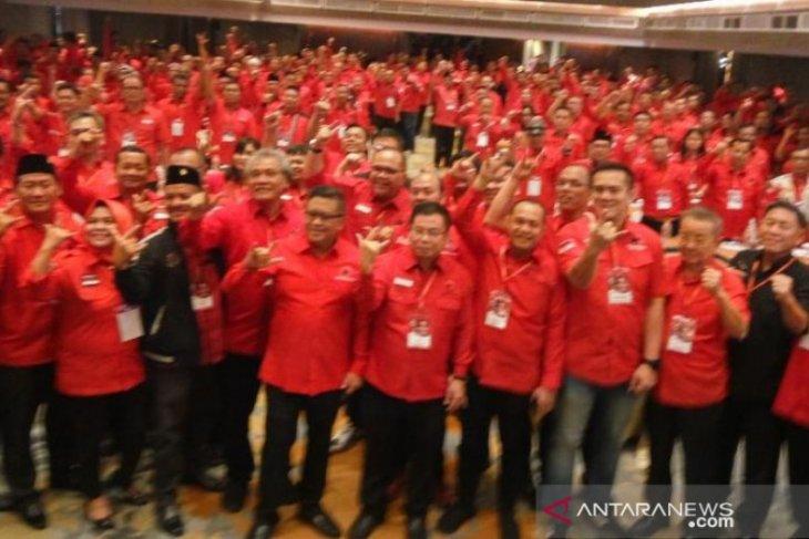 Calon kepala daerah di PDIP wajib sekolah partai