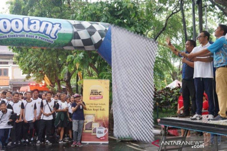 Karang Taruna adakan jalan sehat sambut HUT ke-232 Kota Denpasar